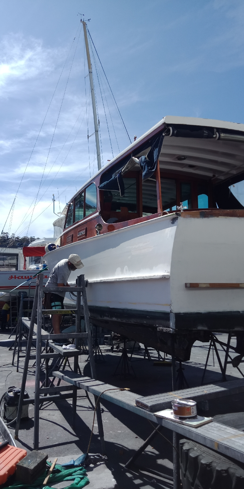 Restoration of Topsides and full paint job -  Williams 36